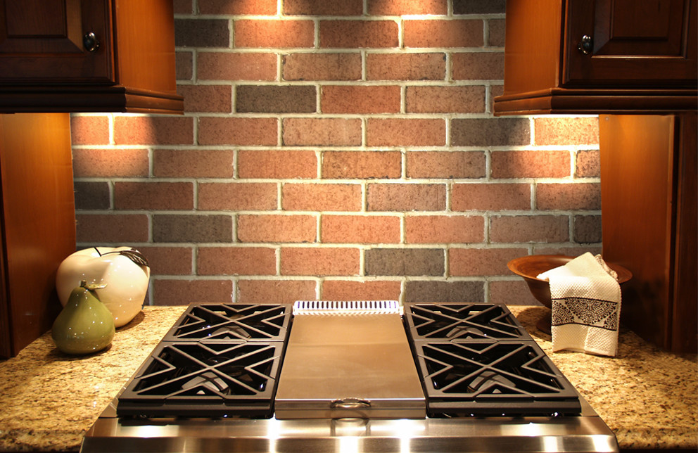 Veneer Brick Kitchen Backsplash - Berkeley Blend